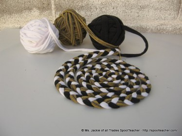 T-shirt yarn, tarn, braided for a rug